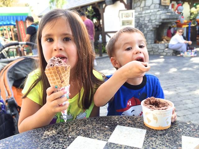 legoland split the ice cream